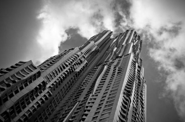 Frank Gehry's Beekman Tower, in Manhattan. (guillaumegaudet.photoshelter.com)