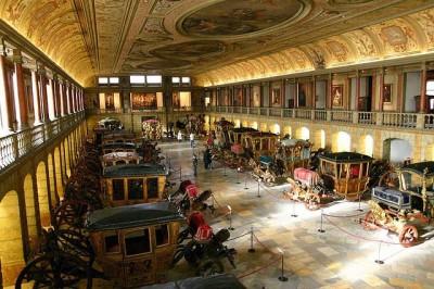 Interior of Coach Museum. (promptguides.com)