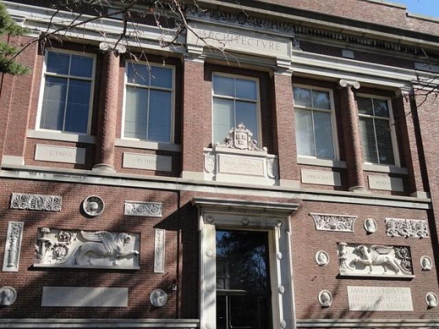 Robinson Hall, at Harvard, home to Graduate School of Design, 1936-72. (Wikipedia)