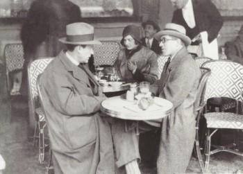 Gropius and Le Corbusier at Les Deux Maggots, in Paris. (xxx)