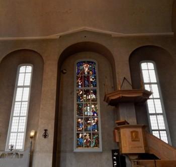 Gloria Dei, transept