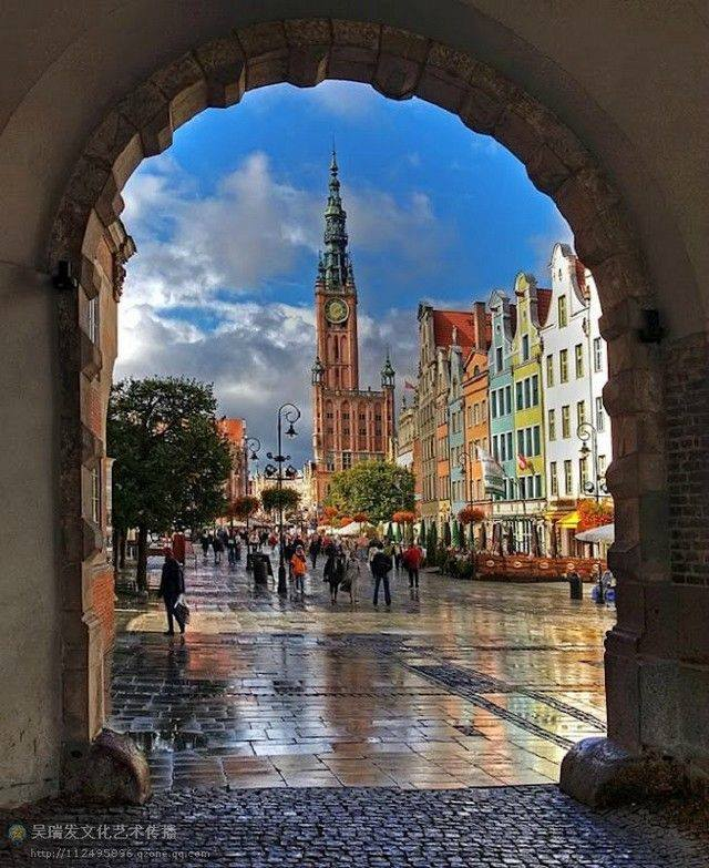 Gdansk, Poland (from a set of excellent photos forwarded by e-mail)