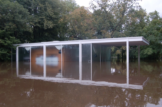 Farnsworth House during a flood. (Archtiectural Record)