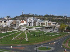 New Scottish Parliament. (en.