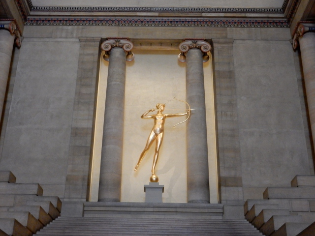 "The Goddess Diana (""The Huntress), symbol of the ICAA, at the Philadelphia Museum of Art. (All photos by David Brussat)"