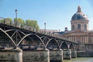 Pont des Arts pedestrian bridge in Paris. (viator.com)