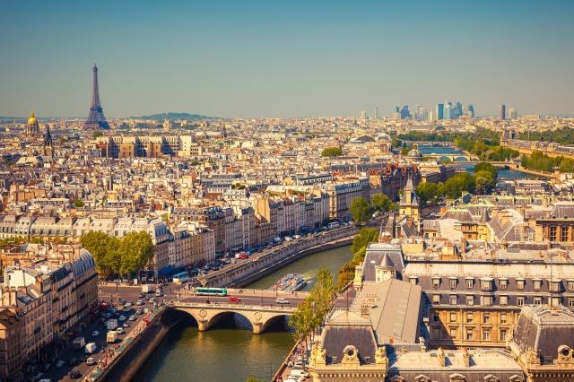Paris. (xxx)