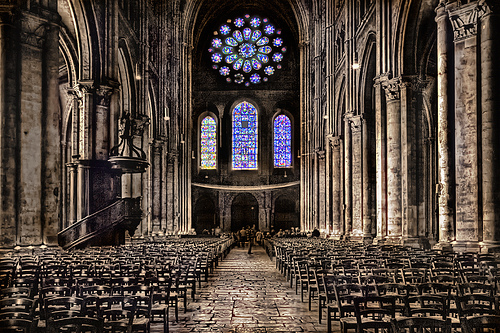 Rose Window at Chartres Cathedral. (flickr.com)