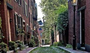 Beacon Hill. (dguides.com)