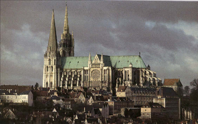Chartes Cathedral, in Chartres, France. (boncia.co)
