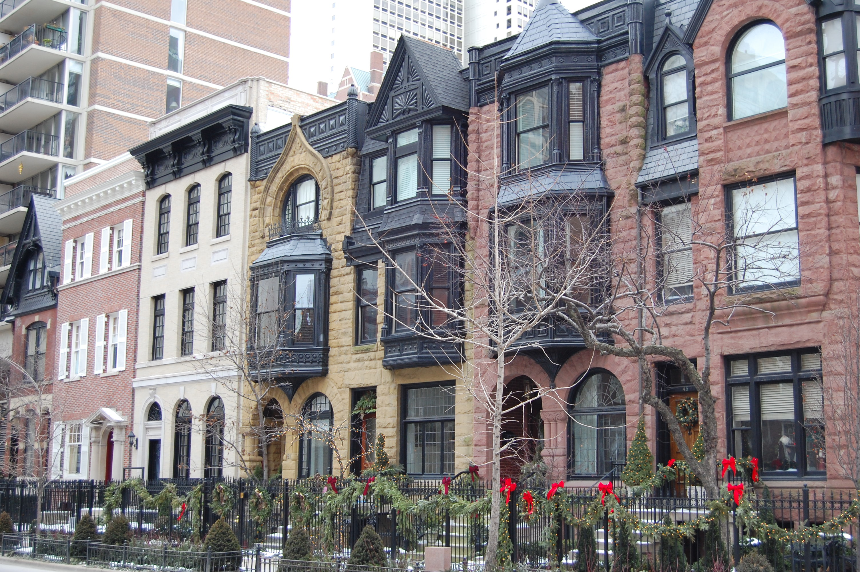 Row Home Chicago 60616 : Potent rowhouse poetics architecture here and there