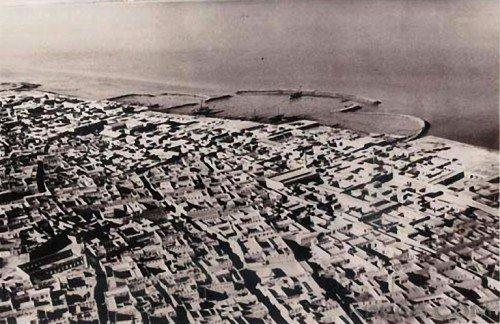 Kuwait City before the oil boom. (kora.com)