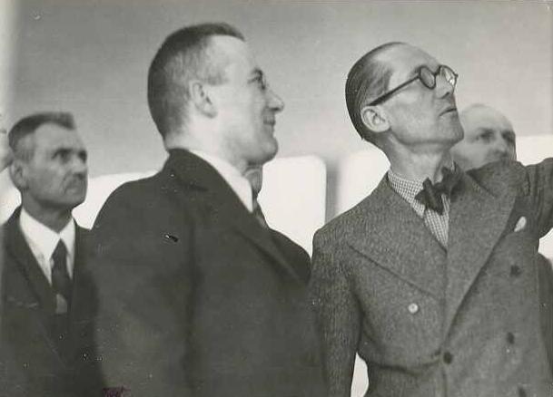 Le Corbusier in 1935. (fondationlecorbusier.fr)