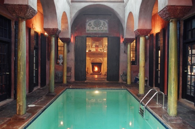 Swimming pool in large vestibule of small house in Charleston. (newworldbyzantine.com)