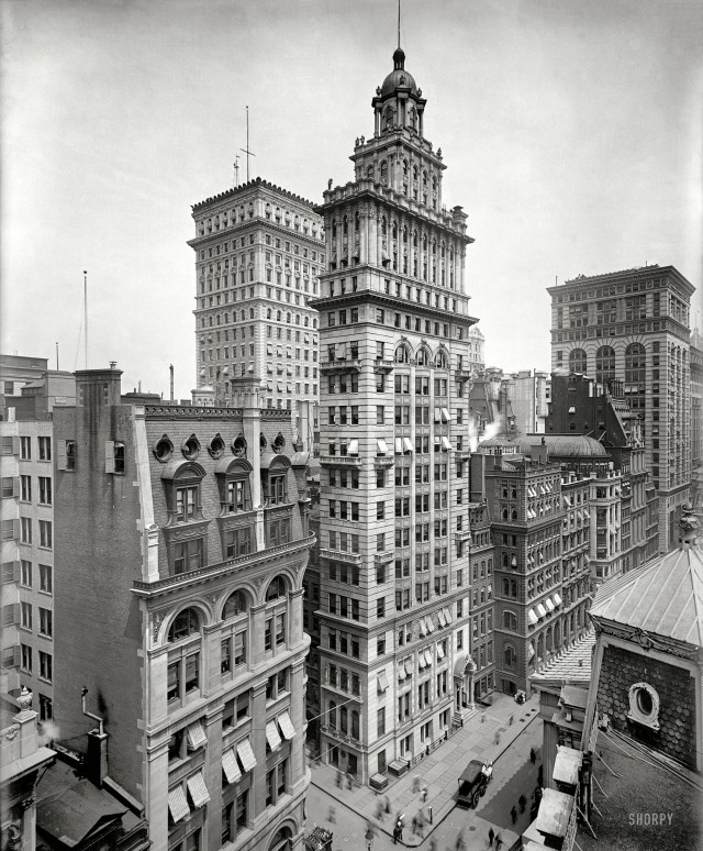 New York City, circa 1900. (shorpy.com)