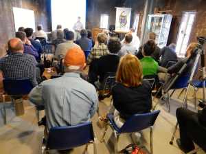 Attendees listen to Patrick Webb describe architecture of the seminar.