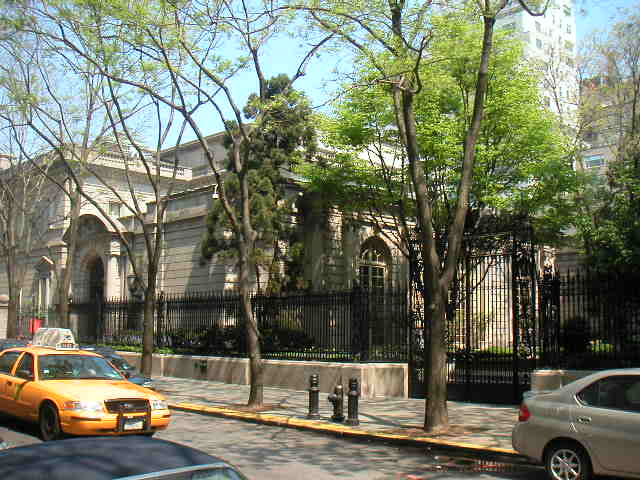 The Frick Collection. (nyc-architecture.com)