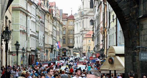 Prague. (litreactor.com)