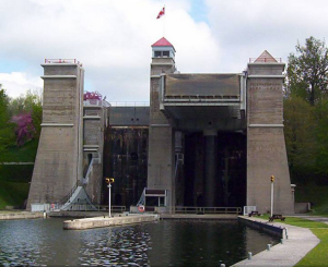 Peterborough Lift Lock. (Wikipedia)