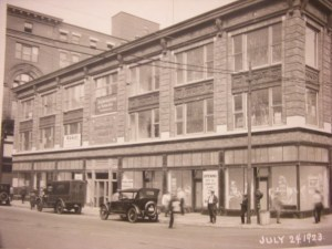 The Arnold Building when new in 1923. (Journal archives)