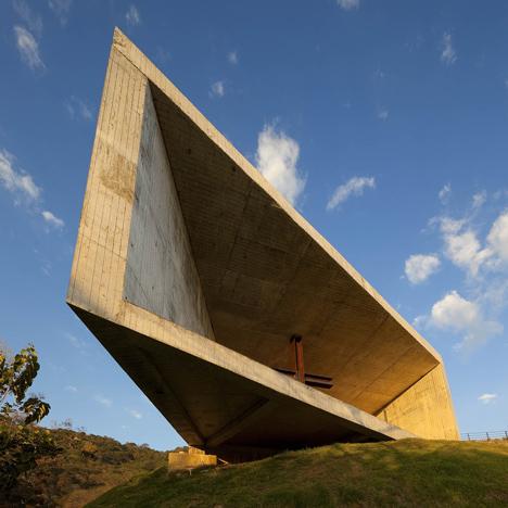 Cardedeu-by-EMC-Arquitectura_dezeen_sq.jpg