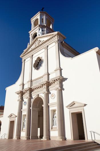 Duncan_Stroik_Thomas_Aquinas_College_Chapel.png